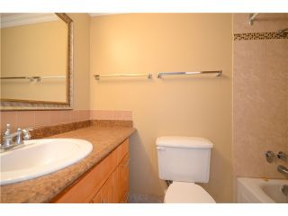 Photo 5: 212 6340 BUSWELL STREET in Richmond: Brighouse Condo for sale : MLS®# R2202912