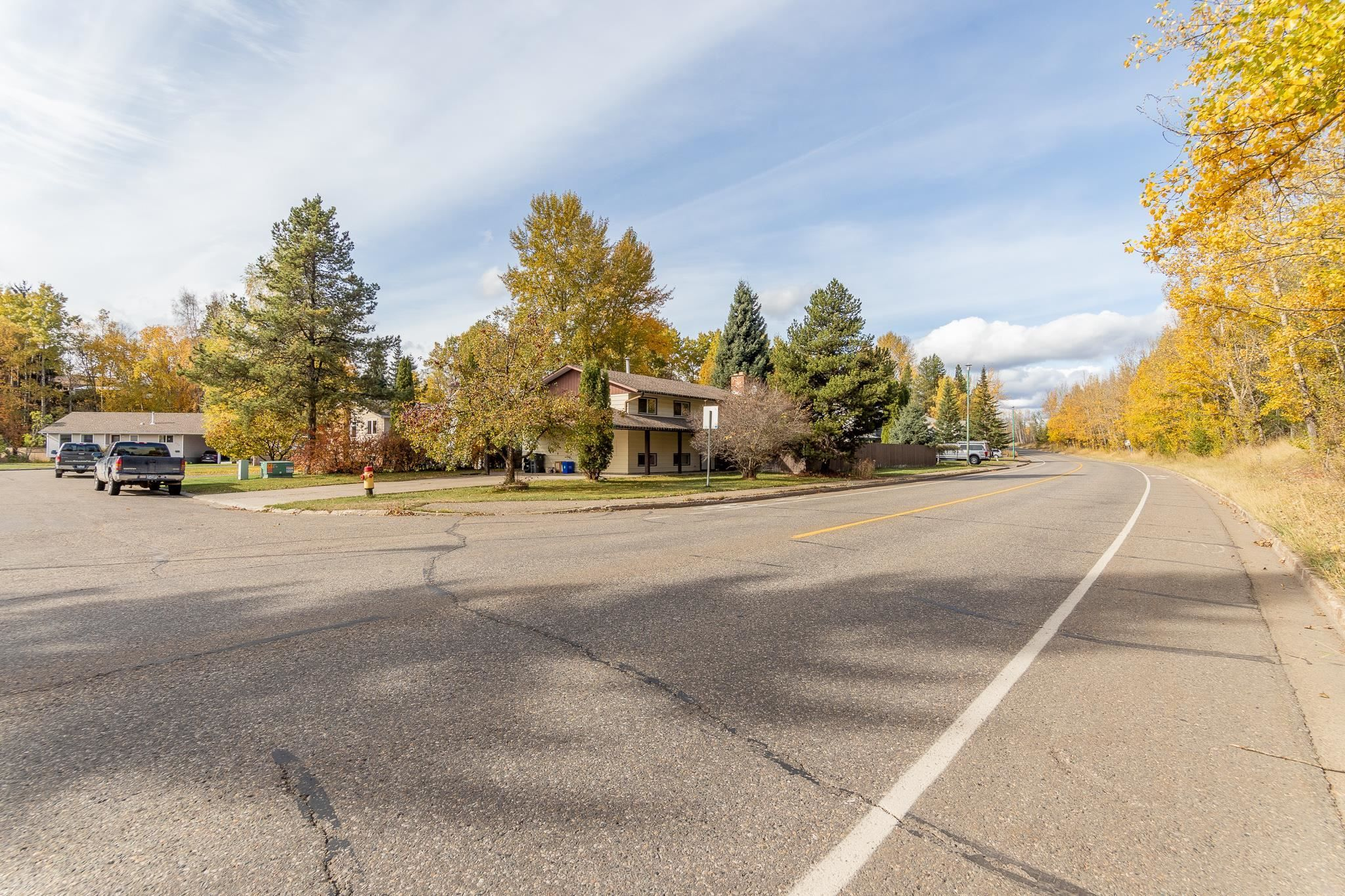 Main Photo: 1107 OSPIKA Boulevard in Prince George: Highland Park House for sale (PG City West (Zone 71))  : MLS®# R2623412
