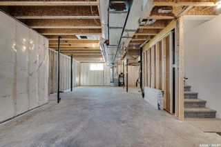 Photo 40: 2119 York Avenue in Saskatoon: Queen Elizabeth Residential for sale : MLS®# SK872076