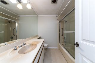 """Photo 17: 504 2187 BELLEVUE Avenue in West Vancouver: Dundarave Condo for sale in """"SUFFSIDE TOWERS"""" : MLS®# R2518277"""