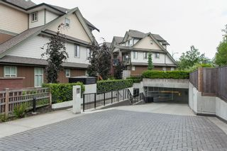 "Photo 2: 204 6706 192 Diversion in Surrey: Clayton Townhouse for sale in ""One92"" (Cloverdale)  : MLS®# R2070967"