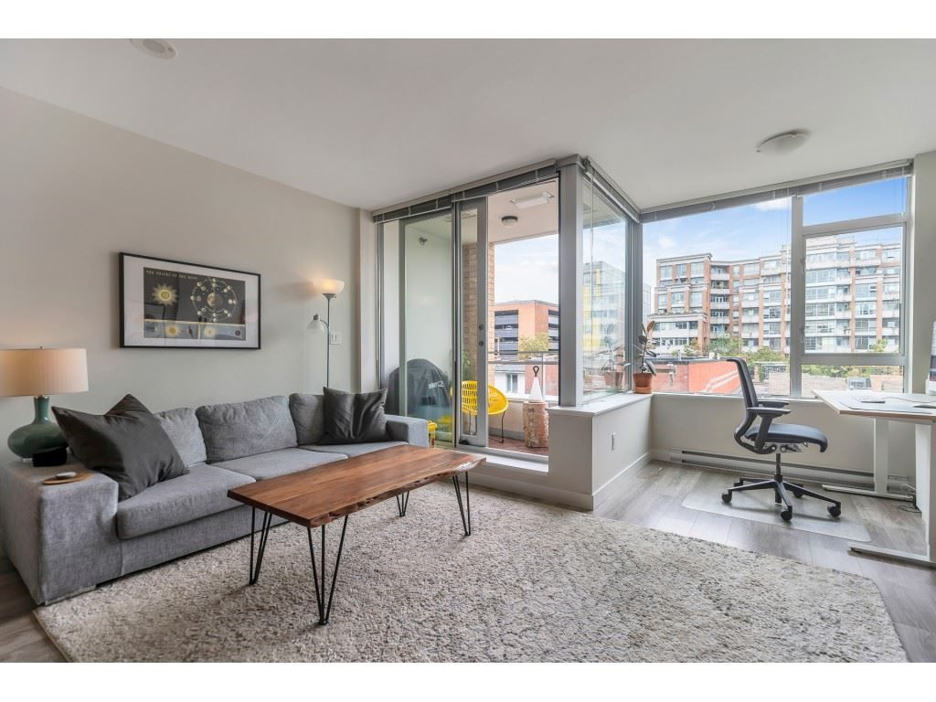 "Main Photo: 511 221 UNION Street in Vancouver: Strathcona Condo for sale in ""V6A"" (Vancouver East)  : MLS®# R2490026"