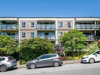 """Photo 1: 412 2333 TRIUMPH Street in Vancouver: Hastings Condo for sale in """"LANDMARK MONTEREY"""" (Vancouver East)  : MLS®# R2582065"""