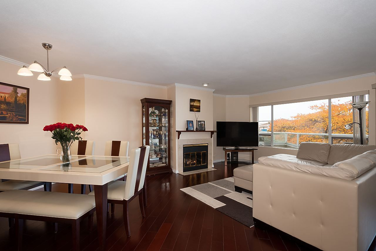 """Main Photo: 105 7480 GILBERT Road in Richmond: Brighouse South Condo for sale in """"HUNTINGTON MANOR"""" : MLS®# R2501632"""
