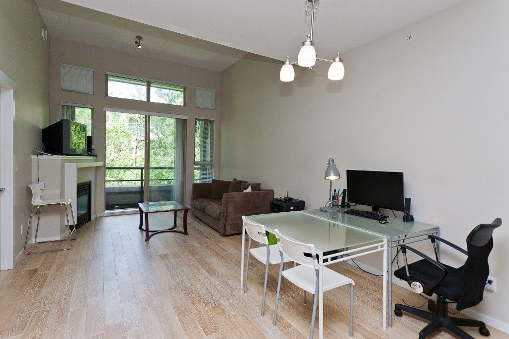"""Photo 3: Photos: 514 9319 UNIVERSITY Crescent in Burnaby: Simon Fraser Univer. Condo for sale in """"HARMONY AT THE HIGHLANDS"""" (Burnaby North)  : MLS®# V1009377"""