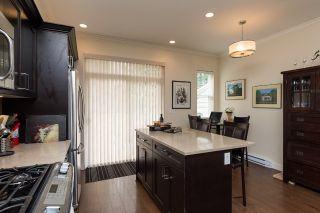 """Photo 10: 78 2469 164 Street in Surrey: Grandview Surrey Townhouse for sale in """"Abbey Road"""" (South Surrey White Rock)  : MLS®# R2075414"""