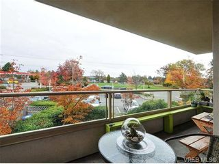 Photo 20: 203 3700 Carey Rd in VICTORIA: SW Gateway Condo for sale (Saanich West)  : MLS®# 686277
