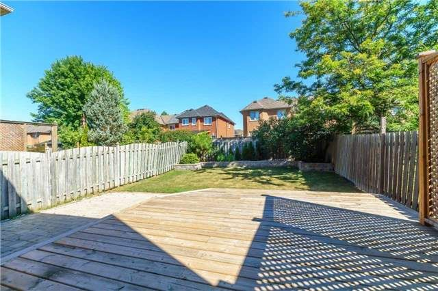 Photo 19: Photos: 40 Wells Crescent in Whitby: Brooklin House (2-Storey) for sale : MLS®# E4187338