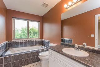Photo 9: 23915 121 AVENUE in Maple Ridge: East Central House for sale : MLS®# R2279231
