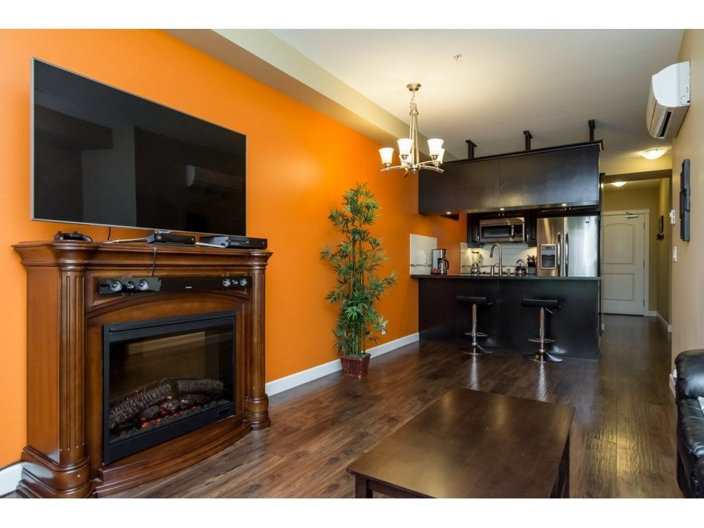"Photo 5: Photos: 232 8288 207A Street in Langley: Willoughby Heights Condo for sale in ""Yorkson Creek"" : MLS®# R2092253"