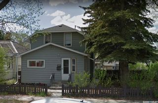 Photo 1: 703 J Avenue South in Saskatoon: King George Residential for sale : MLS®# SK856490