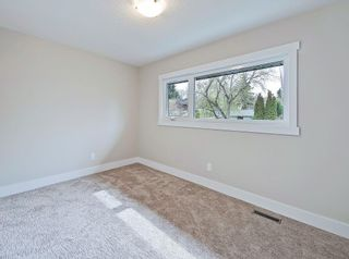 Photo 23: 496 PARKRIDGE Crescent SE in Calgary: Parkland Detached for sale : MLS®# C4244862