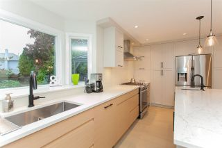 """Photo 7: 6491 CLAYTONWOOD Grove in Surrey: Cloverdale BC House for sale in """"Clayton Hills"""" (Cloverdale)  : MLS®# R2214597"""