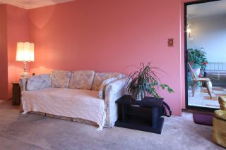 """Photo 4: 1803 615 BELMONT Street in New Westminster: Uptown NW Condo for sale in """"BELMONT TOWERS"""" : MLS®# R2123031"""