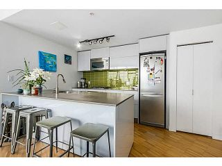 """Photo 10: 2108 128 W CORDOVA Street in Vancouver: Downtown VW Condo for sale in """"WOODWARDS W-43"""" (Vancouver West)  : MLS®# V1140977"""