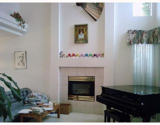 Photo 2: 3066 SKEENA Street in Port_Coquitlam: Riverwood House for sale (Port Coquitlam)  : MLS®# V747708