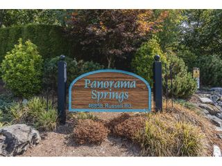 """Photo 3: 14 46858 RUSSELL Road in Chilliwack: Promontory Townhouse for sale in """"Panorama Ridge"""" (Sardis)  : MLS®# R2613048"""