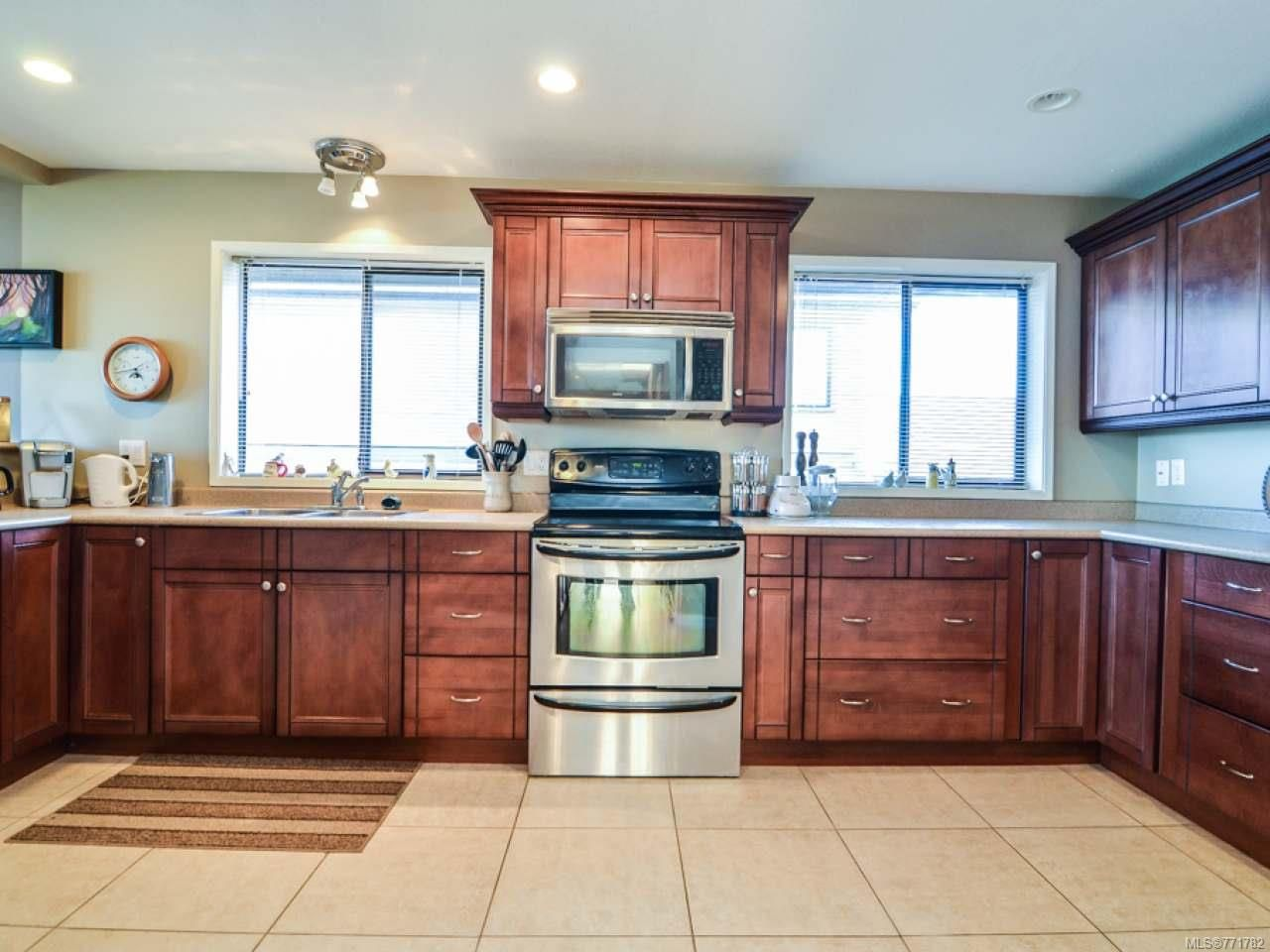 Photo 16: Photos: 451 S McLean St in CAMPBELL RIVER: CR Campbell River Central House for sale (Campbell River)  : MLS®# 771782
