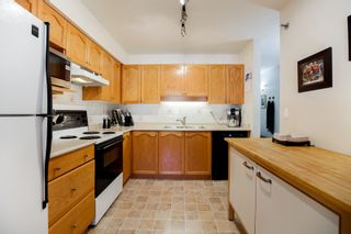 """Photo 4: 301 19130 FORD Road in Pitt Meadows: Central Meadows Condo for sale in """"Beacon's Square"""" : MLS®# R2032727"""
