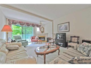 """Photo 3: 303 1705 MARTIN Drive in Surrey: Sunnyside Park Surrey Condo for sale in """"SOUTHWYND"""" (South Surrey White Rock)  : MLS®# F1420126"""