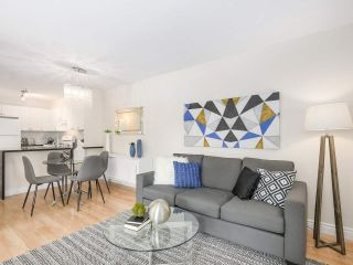 """Photo 2: 206 688 E 16TH Avenue in Vancouver: Fraser VE Condo for sale in """"VINTAGE EASTSIDE"""" (Vancouver East)  : MLS®# R2189577"""