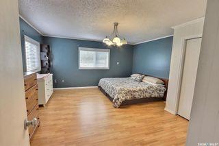 Photo 13: 607 15th Street Northwest in Prince Albert: Nordale/Hazeldell Residential for sale : MLS®# SK871500
