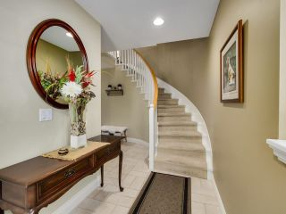 Photo 3: 49 3405 PLATEAU BOULEVARD in Coquitlam: Westwood Plateau Townhouse for sale : MLS®# R2610409