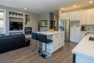 """Photo 2: 34 2387 ARGUE Street in Port Coquitlam: Citadel PQ House for sale in """"THE WATERFRONT"""" : MLS®# R2389930"""