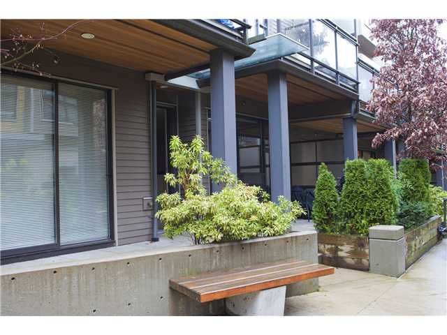 Main Photo: 3758 COMMERCIAL ST in Vancouver: Victoria VE Condo for sale (Vancouver East)  : MLS®# V1036430