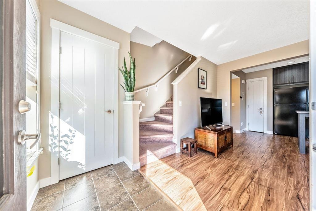 Main Photo: 1003 50 Belgian Lane: Cochrane Row/Townhouse for sale : MLS®# A1151613