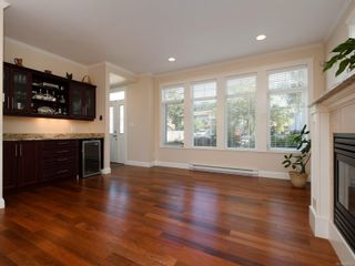 Photo 5: 2377 OAKVILLE Ave in Sidney: Si Sidney South-East House for sale : MLS®# 839345