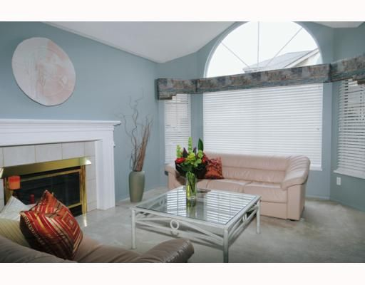 Photo 2: Photos: 429 BROMLEY Street in Coquitlam: Coquitlam East Condo for sale : MLS®# V802990