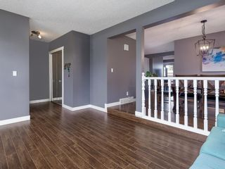 Photo 4: 20 Beacham Rise NW in Calgary: Beddington Heights Detached for sale : MLS®# A1113792