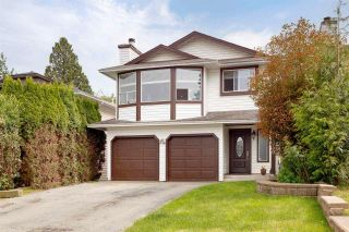 Photo 1: 1950 LANGAN Avenue in Port Coquitlam: Lower Mary Hill House for sale : MLS®# R2586564