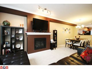 """Photo 3: 4 6747 203RD Street in Langley: Willoughby Heights Townhouse for sale in """"SAGEBROOK"""" : MLS®# F1013962"""