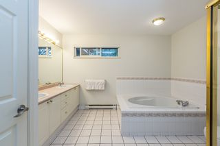 Photo 14: 94 SHORELINE CIRCLE in Port Moody: College Park PM Townhouse for sale : MLS®# R2199076