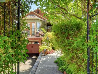 Photo 31: 3073 Earl Grey St in VICTORIA: SW Gorge House for sale (Saanich West)  : MLS®# 822403