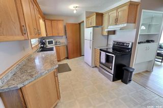 Photo 9: 978 Fraser Place in Prince Albert: Crescent Heights Residential for sale : MLS®# SK843183
