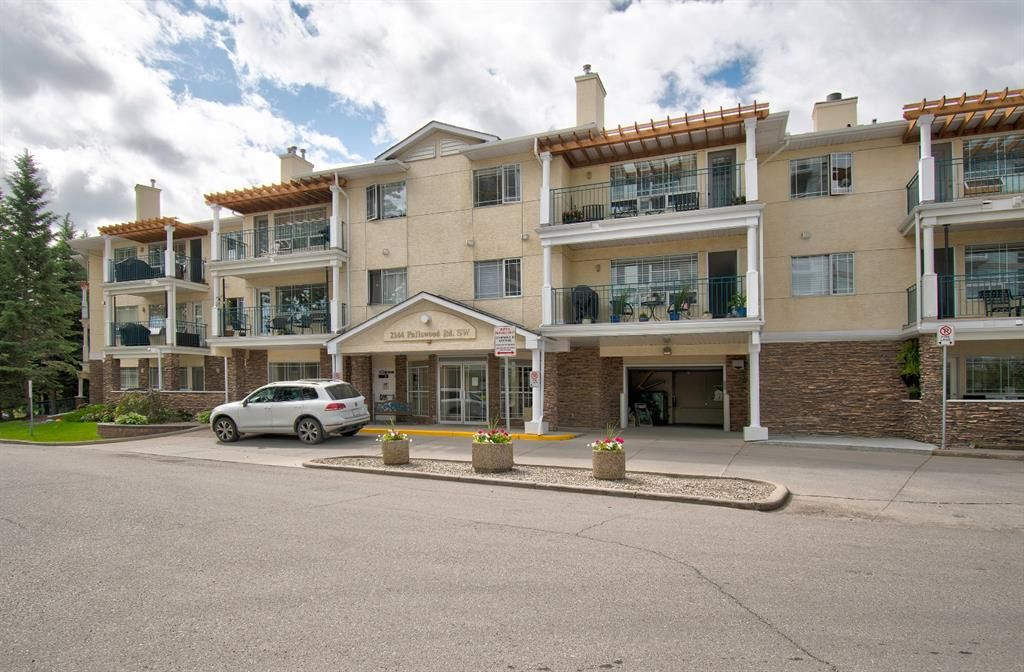 Main Photo: 312 2144 Paliswood Road SW in Calgary: Palliser Apartment for sale : MLS®# A1057089