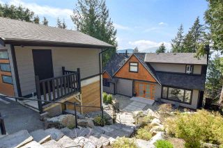 Main Photo: 130 OCEANVIEW Place: Lions Bay House for sale (West Vancouver)  : MLS®# R2562489