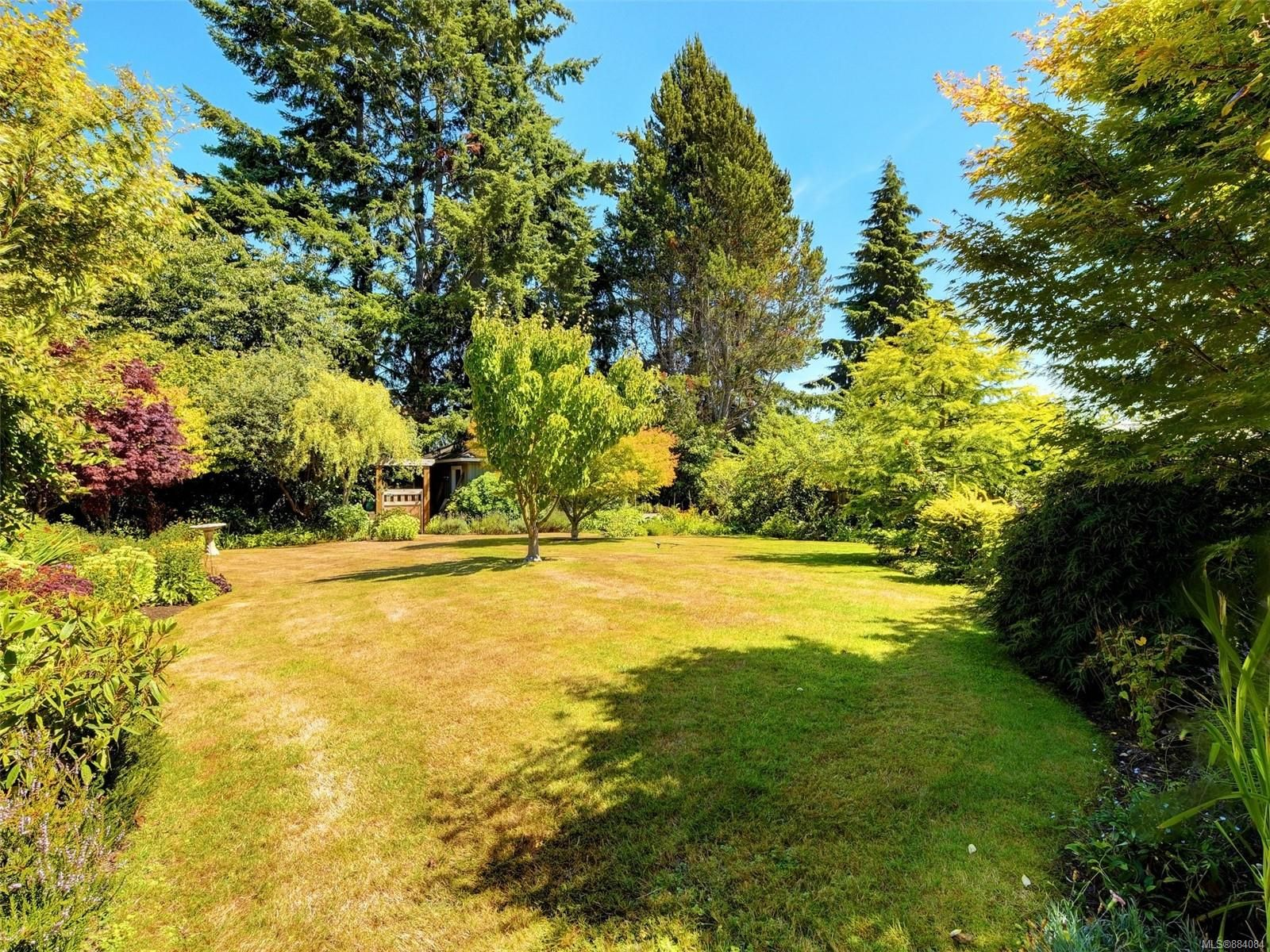 Photo 19: Photos: 6555 Country Rd in : Sk Sooke Vill Core House for sale (Sooke)  : MLS®# 884084