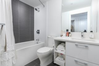 """Photo 2: 709 3557 SAWMILL Crescent in Vancouver: South Marine Condo for sale in """"ONE TOWN CENTRE"""" (Vancouver East)  : MLS®# R2430405"""