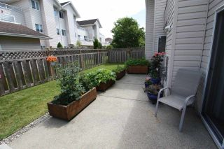 """Photo 3: 11 5630 TRAIL Avenue in Sechelt: Sechelt District Townhouse for sale in """"HIGHPOINT"""" (Sunshine Coast)  : MLS®# R2472370"""