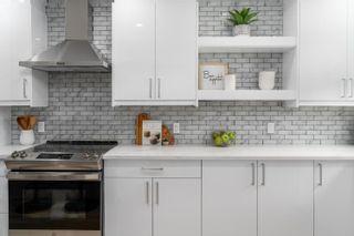 Photo 1: 11210 105 Street in Edmonton: Zone 08 House for sale : MLS®# E4245293