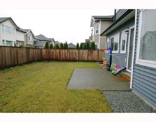 """Photo 10: 19557 HOFFMANS Way in Pitt_Meadows: South Meadows House for sale in """"SAWYERS LANDING"""" (Pitt Meadows)  : MLS®# V681276"""