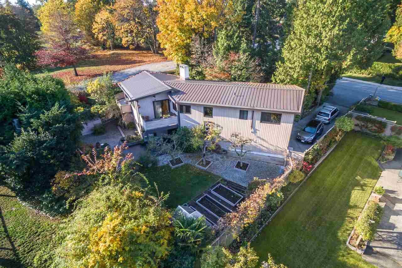 Photo 16: Photos: 208 54 STREET in Delta: Pebble Hill House for sale (Tsawwassen)  : MLS®# R2216720