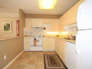 """Photo 5: 312 15150 29A Avenue in Surrey: King George Corridor Condo for sale in """"Sands 2"""" (South Surrey White Rock)  : MLS®# F1322210"""