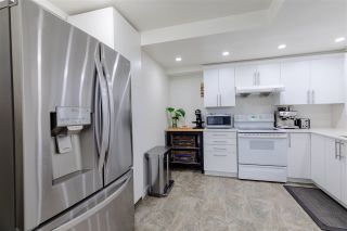 """Photo 8: 3352 MARQUETTE Crescent in Vancouver: Champlain Heights Townhouse for sale in """"Champlain Ridge"""" (Vancouver East)  : MLS®# R2559726"""