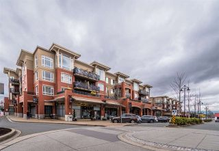 "Photo 5: 207 2970 KING GEORGE Boulevard in Surrey: King George Corridor Condo for sale in ""THE WATERMARK"" (South Surrey White Rock)  : MLS®# R2547717"