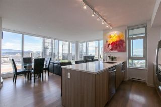"""Photo 1: 902 6461 TELFORD Avenue in Burnaby: Metrotown Condo for sale in """"METROPLACE"""" (Burnaby South)  : MLS®# R2064100"""